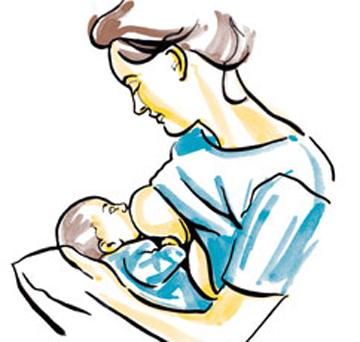 Tư thế cho con bú khi nằm trên đùi mẹ và dùng cánh tay đối diện đỡ đầu bé là 1 trong 5 cách cho bé bú dễ chịu nhất.