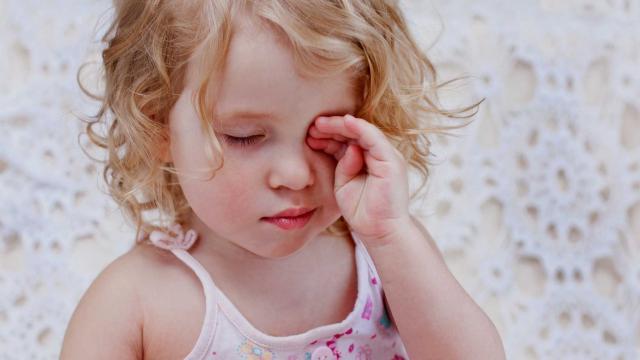 Đau mắt đỏ ở trẻ nhỏ - phòng ngừa ra sao?