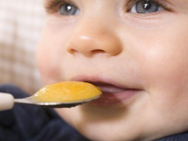 Thực phẩm nhiều chất xơ giúp trẻ hạn chế bị táo bón